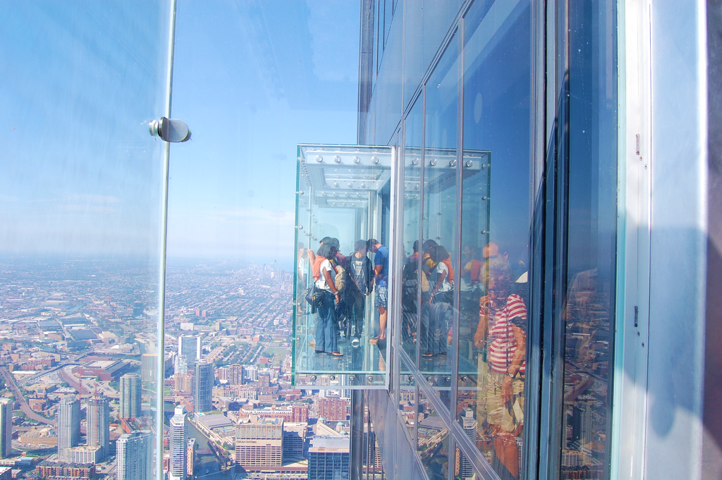 Skydeck_in_Sears_Tower_in_Chicago.png